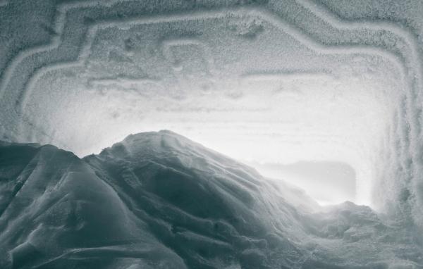 Buzdolabında buz