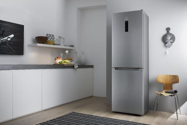 Indesit kjøleskap
