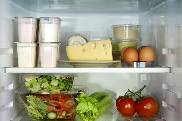 Nourriture dans le frigo