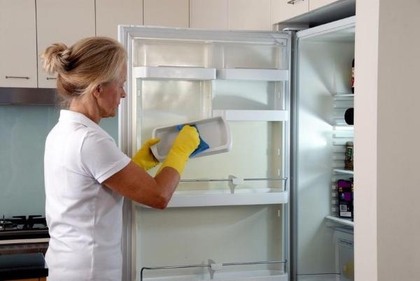Laver le frigo