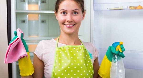 Nettoyage du réfrigérateur à l'intérieur