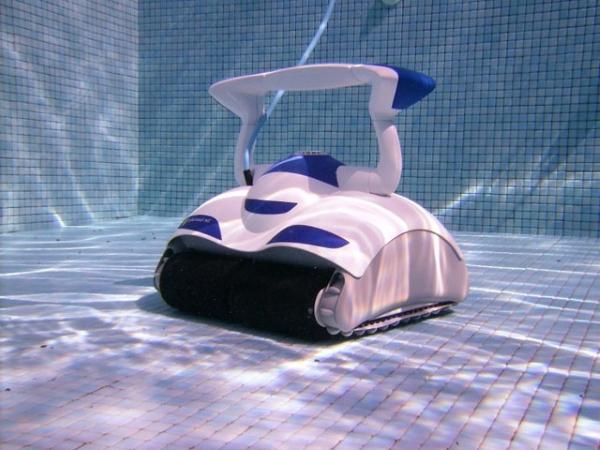 로봇 진공 청소기