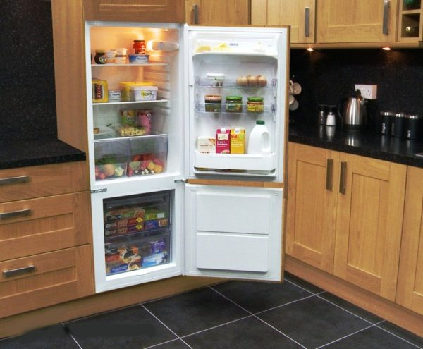 Réfrigérateur à deux compartiments