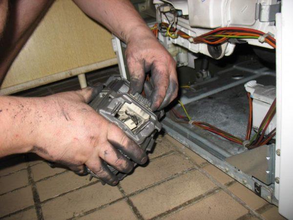 Byte av motor i tvättmaskinen