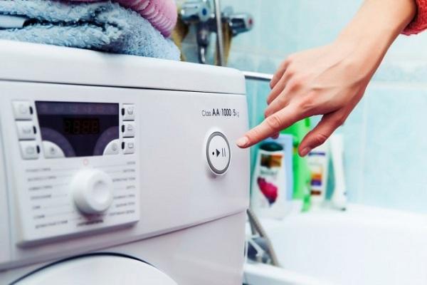 Çamaşır makinesini aç