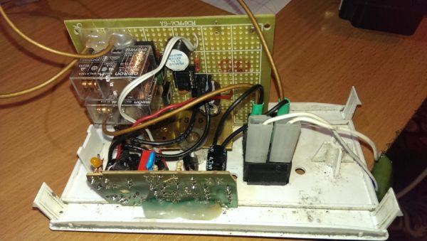 Contrôleur électronique de machine à laver