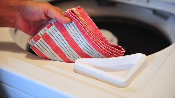 Çamaşır makinesinde kuru havlu