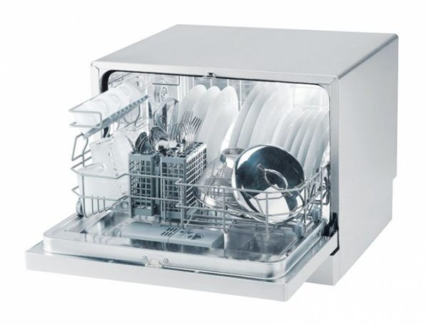 Lave-vaisselle CANDY CDCF 6