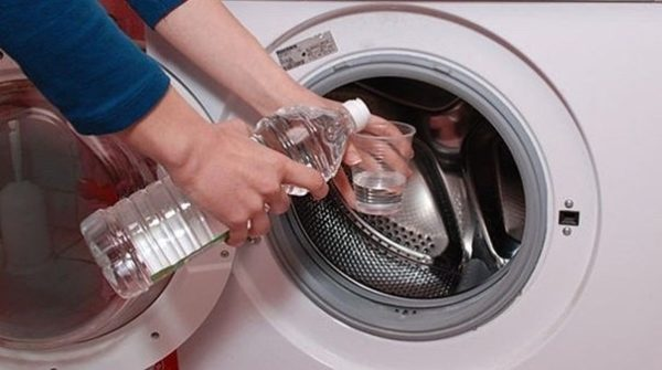 Nettoyage au vinaigre blanc