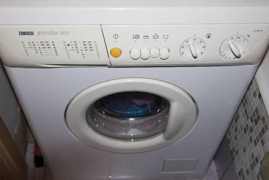 Machine à laver Zanussi