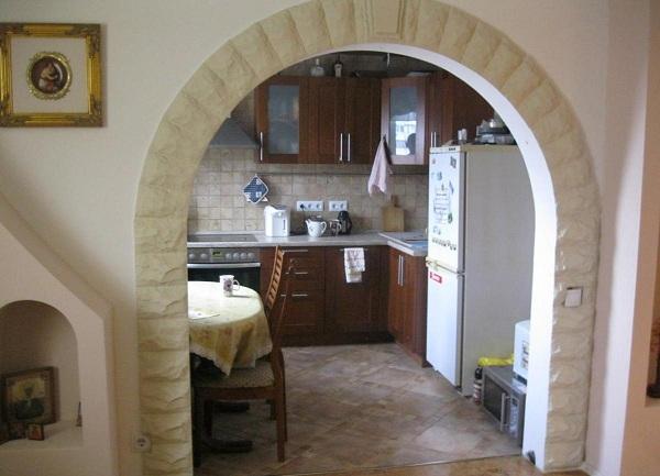 Arch au lieu de la porte