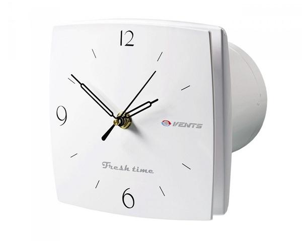 Med innebygd klokke