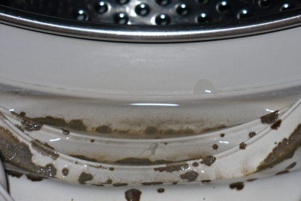 Moule sur machine à laver en caoutchouc