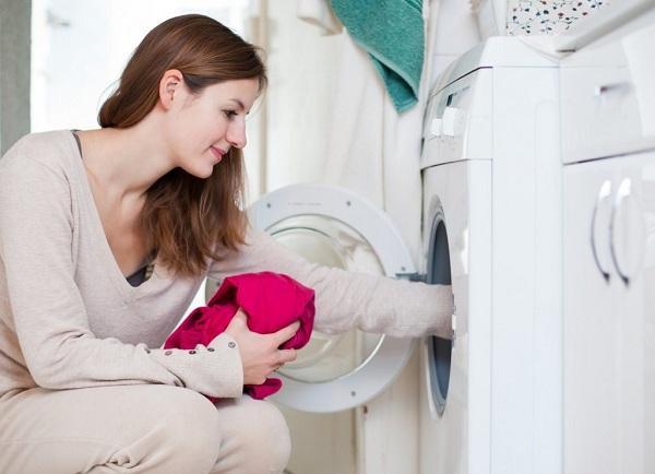 Натоварване на пералната машина