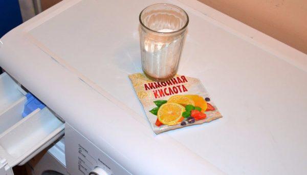 Détartrage à l'acide citrique