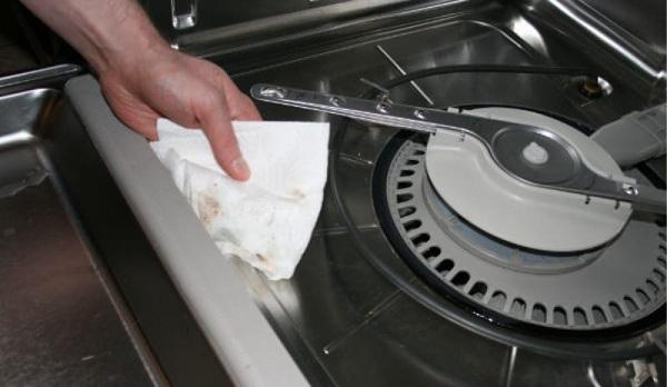 Machine de nettoyage à l'intérieur