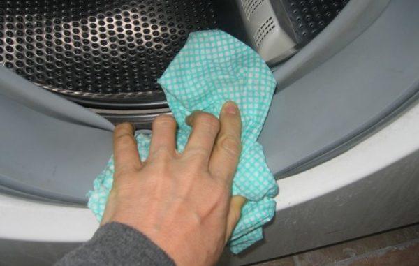 Essuyer le brassard après la fin du cycle