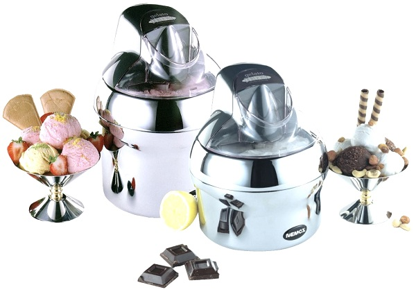 İki dondurma makineleri