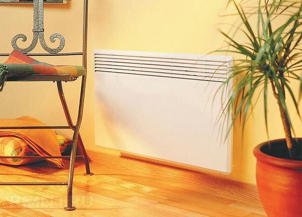 Oturma odasında konvektör