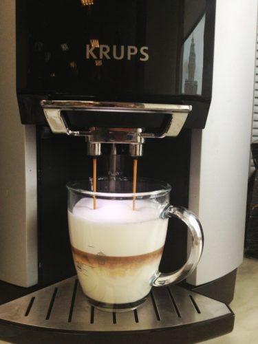 Cappuccino kahve makinesi