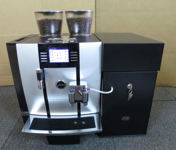 Kahve makinesi JURA GIGA X7c Professional