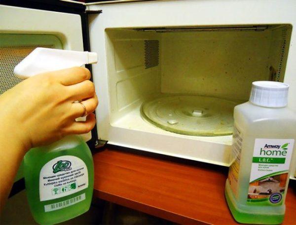 Mikrodalga temizleme spreyi