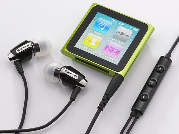 Hovedtelefoner og afspiller