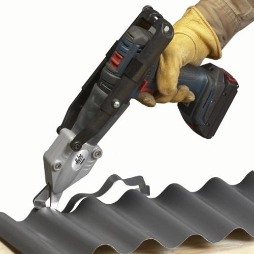 Muncung memotong logam