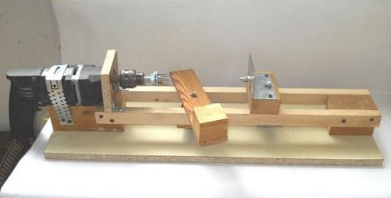 Machine à blocs de bois