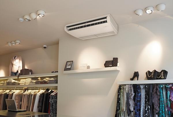 Air conditionné au plafond