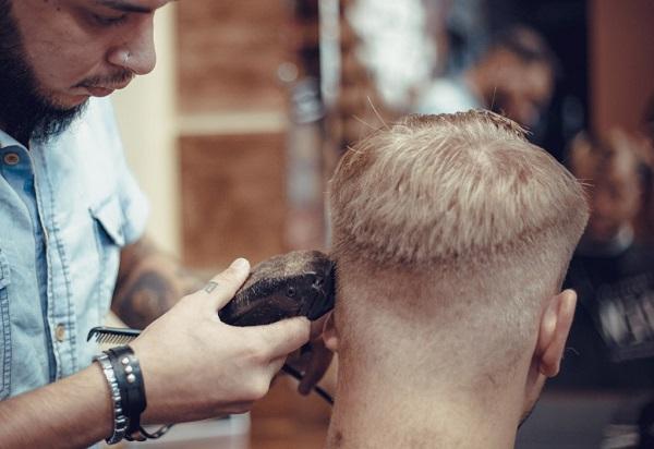 Saç kesimi makinesi