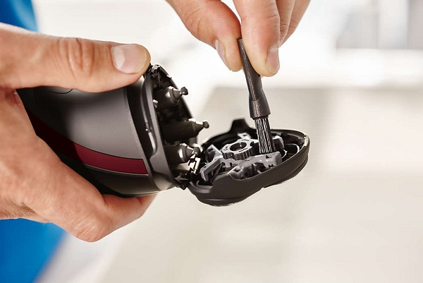 Elektrikli tıraş makinesi servisi