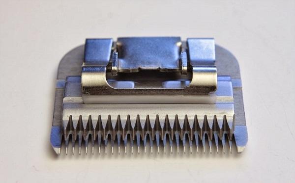 Couteaux pour machine à écrire