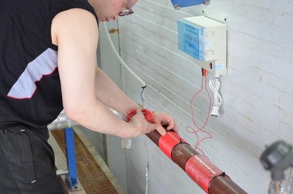 Elektromagnetisk filter for vann Aquaschit Du 60 i kjelehuset i Moskva