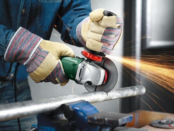 Couper des tuyaux à paroi mince