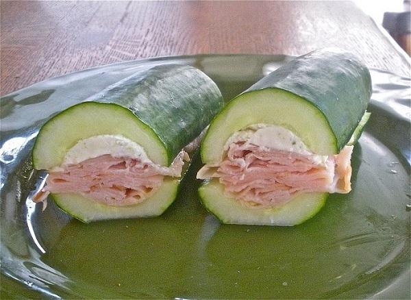 Salatalıklı Sandviç
