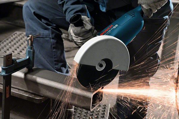 Coupe de tuyaux en métal
