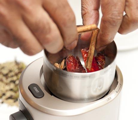 Processus de broyage d'épices