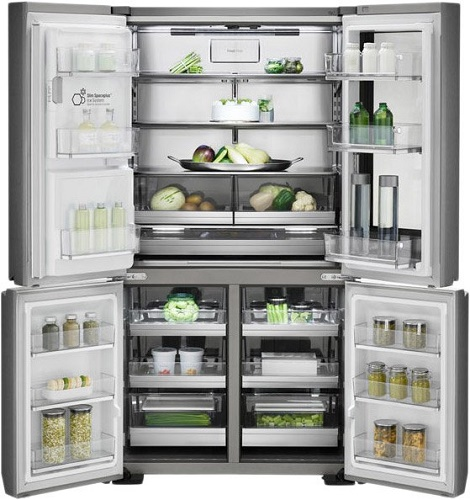 Refrigerator LG LSR100RU with open doors