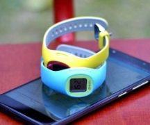 Rating smart watches for children