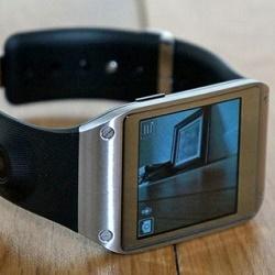 एक कैमरे के साथ स्मार्ट घड़ियों के अधिग्रहण और संचालन के Nuances